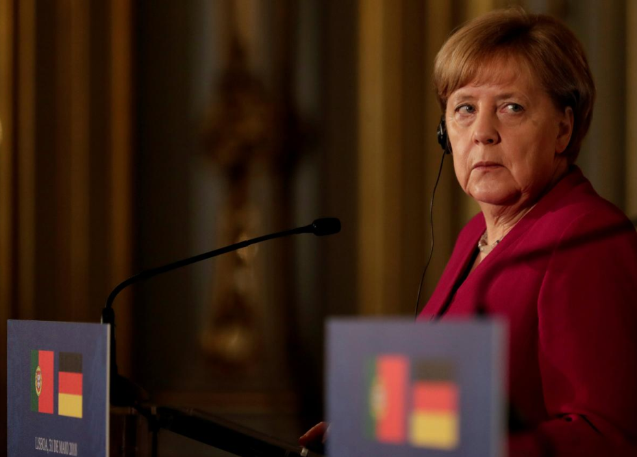 Merkel rules out relief for Italy, gives nod to Macron