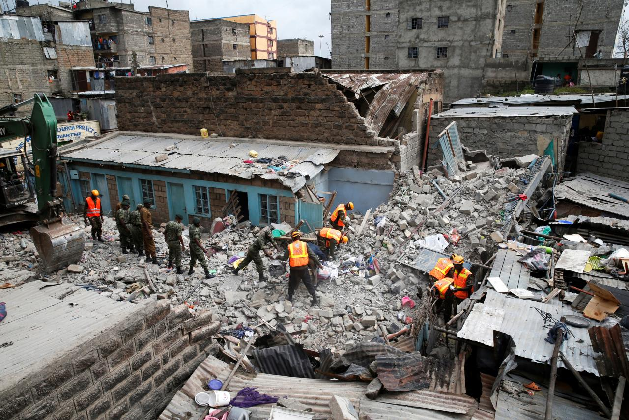 Building collapse kills at least three in Kenyan capital