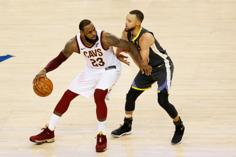 LeBron, Curry, Durant say NBA champ won't go to White House