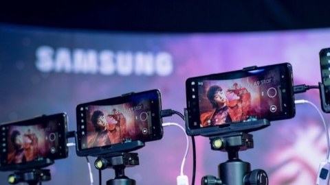 Samsung bets on new smartphone model just for China market