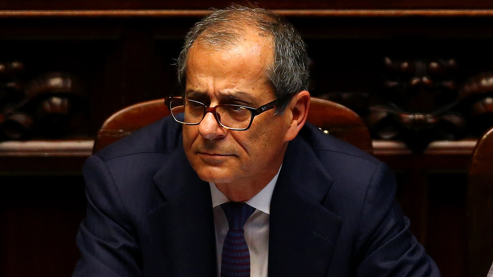 New Italian economy minister vows to stay in euro, cut debt level