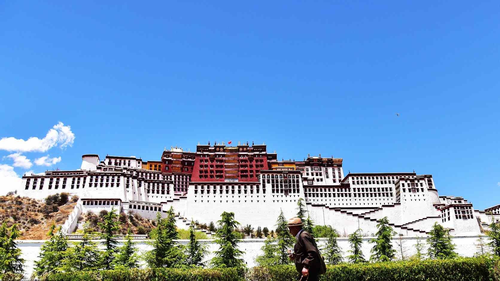 Tibet sets up tourism data center