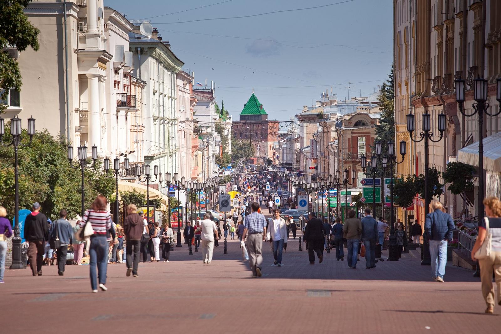 Bolshaya_Pokrovskaya_Street_2-kilometer_long_pedestrian_street_a_favorite_spot_with_locals_and_visitors.jpg