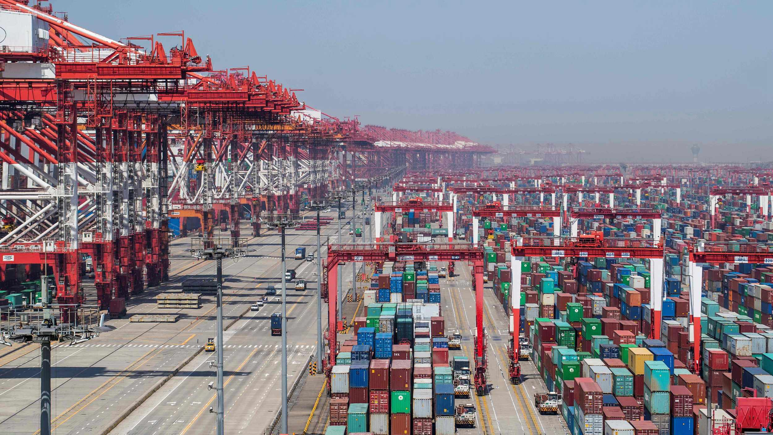 Economic Watch: China expands imports for share development dividends worldwide