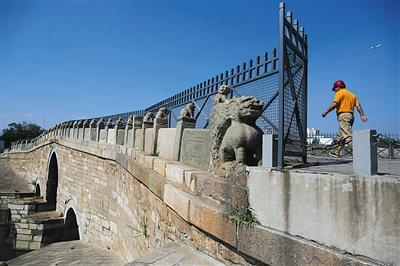 Nearly 600-year-old stone bridge to close, undergo restoration