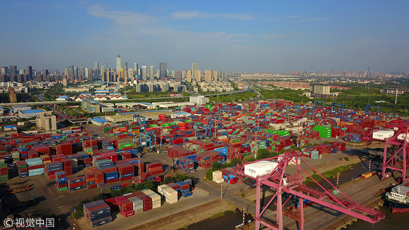 Container throughput soars in East China's Nantong Port