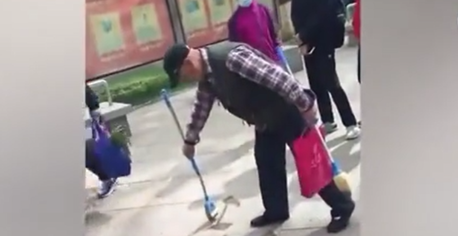 Video: A senior citizen's calligraphy goes viral