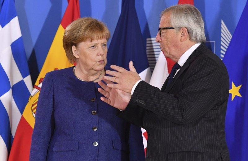 EU leaders back Africa, Balkans migrant reception centers
