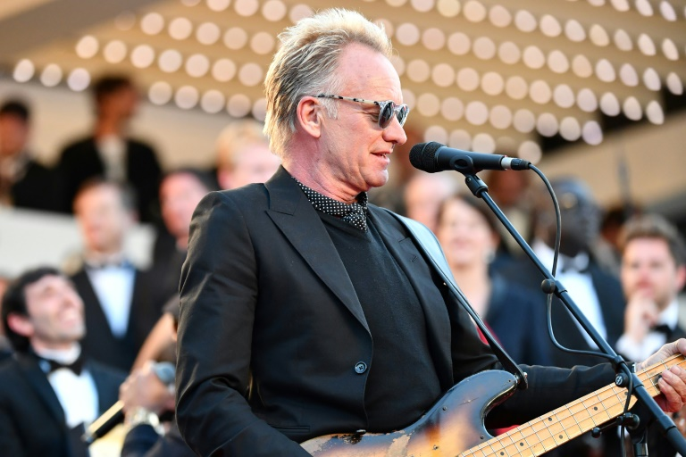 Sting lashes out at 'coward' leaders over migrants' fate