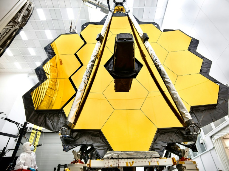 Fresh delay in launch of NASA's giant space telescope