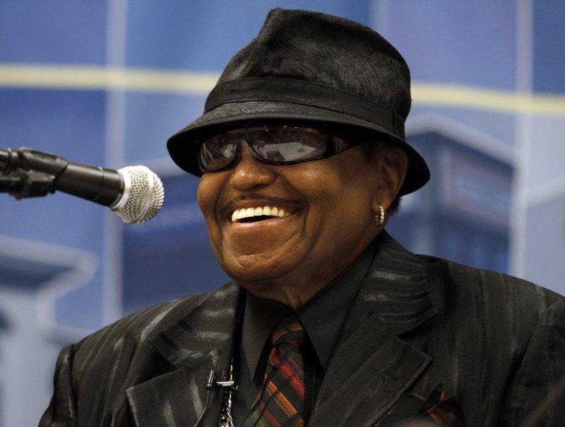 Jackson 5 patriarch Joe Jackson dead at 89: family