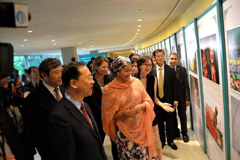 China's poverty alleviation efforts deserve global recognition