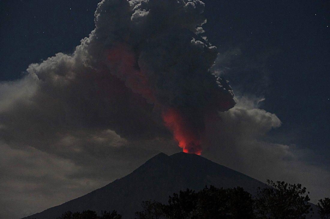 Volcano Agung .jpg
