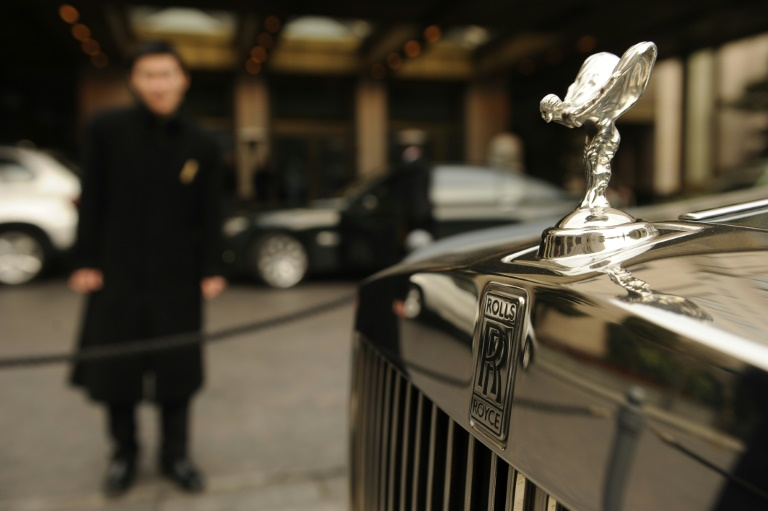 Testosterone pushes men to luxury brands: study