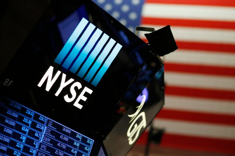 Tech, health care companies drive solid gains for US stocks