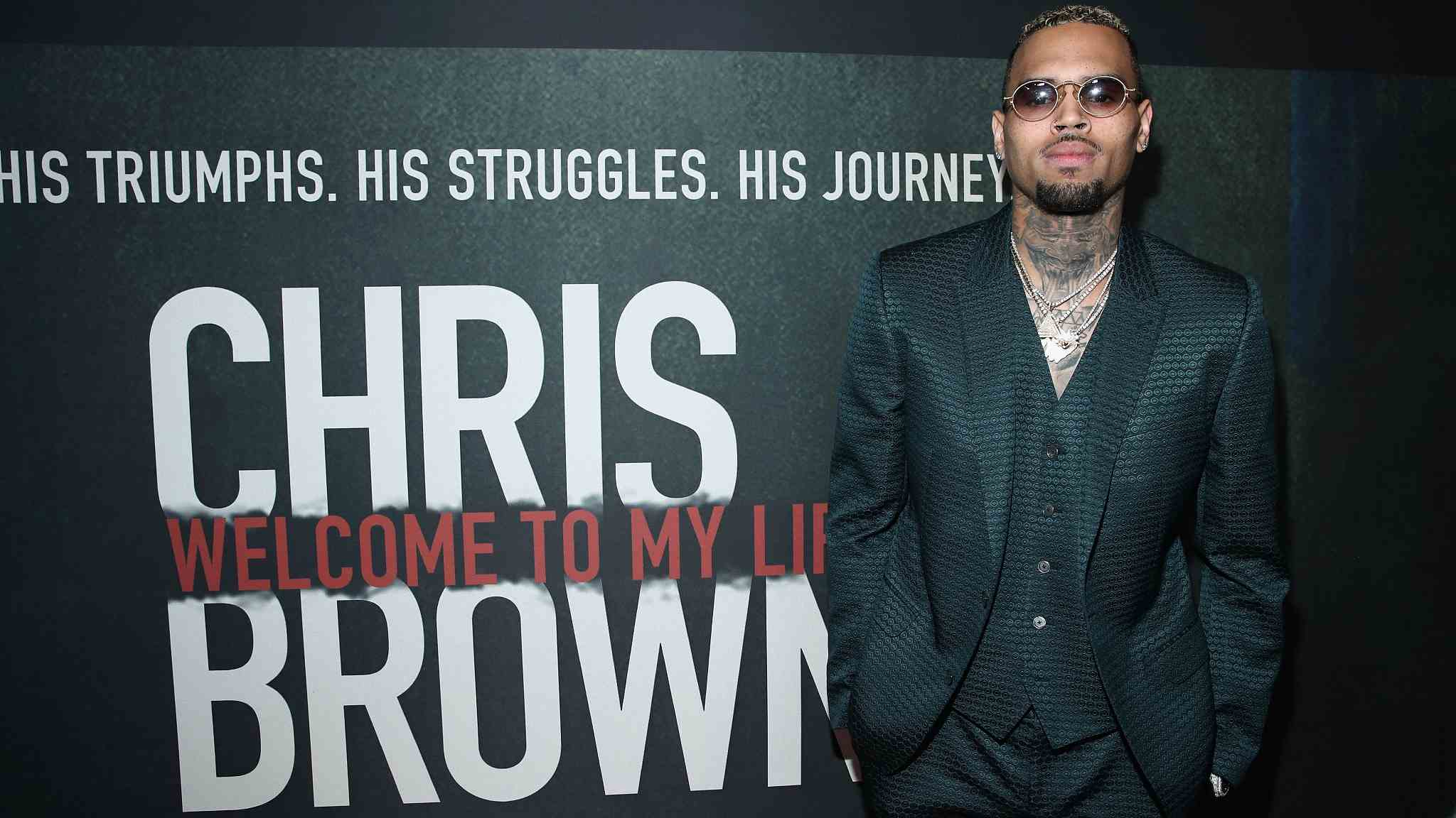 Singer Chris Brown arrested on Florida felony battery charge