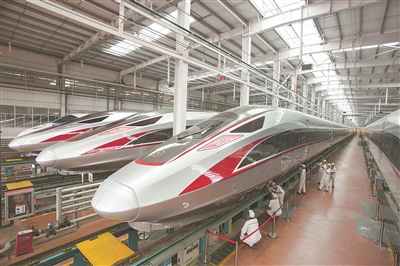 China's high-speed trains to offer more smart services