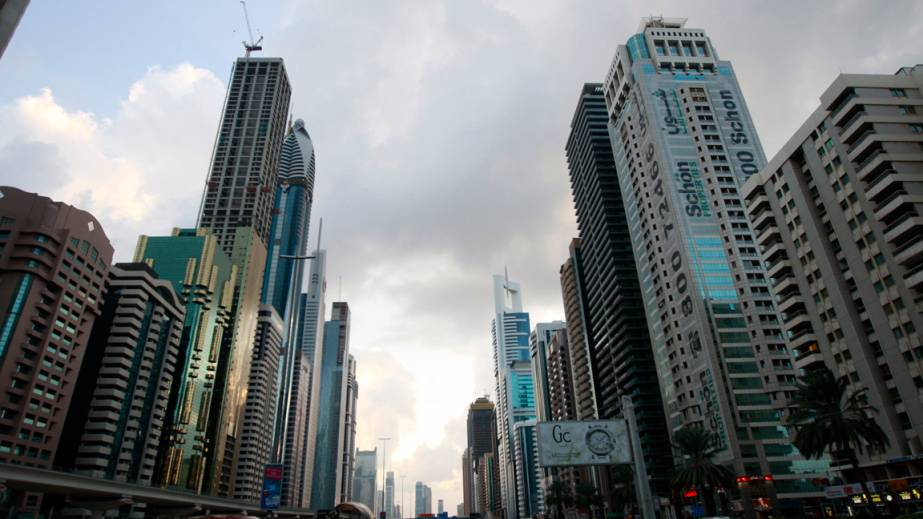 China to set up financial firm in UAE's Abu Dhabi
