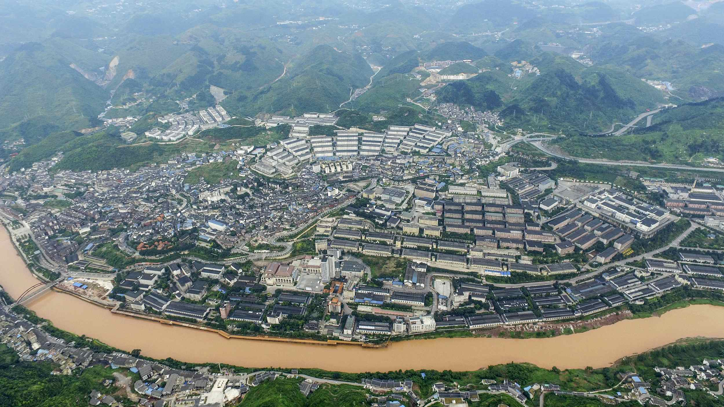 Chishui River – Myth and life of Moutai baijiu