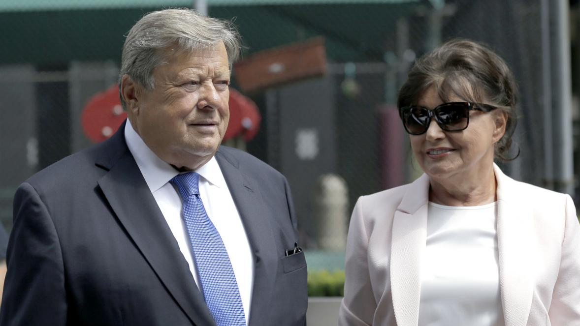 Melania's parents get US citizenship under program slammed by Trump