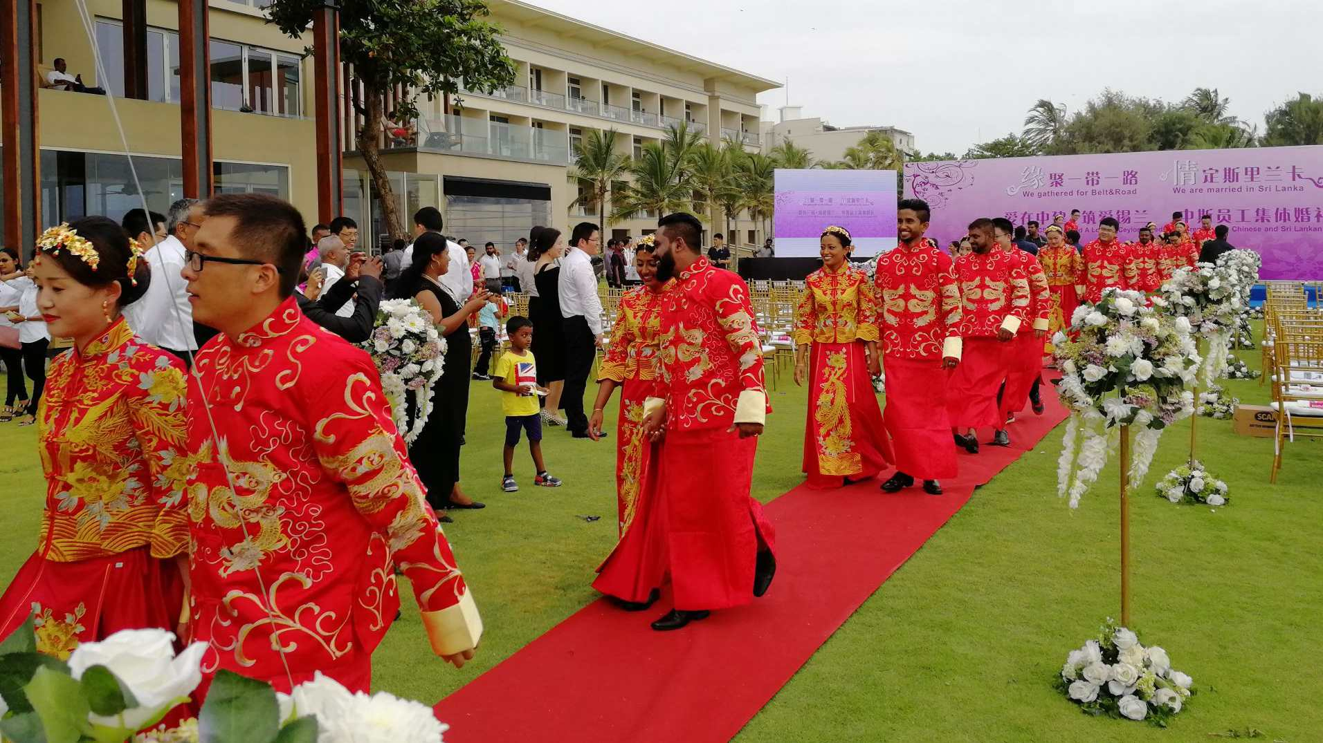 19 Chinese, Sri Lankan couples wedded at mass ceremony in Sri Lanka