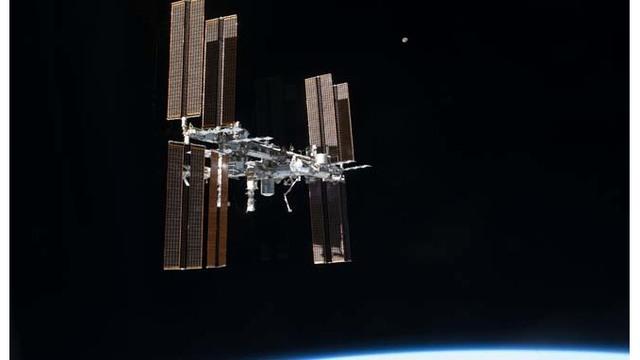 空间站.jpg