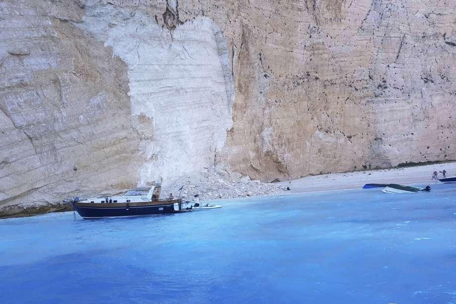 Greek lanslide.jpg
