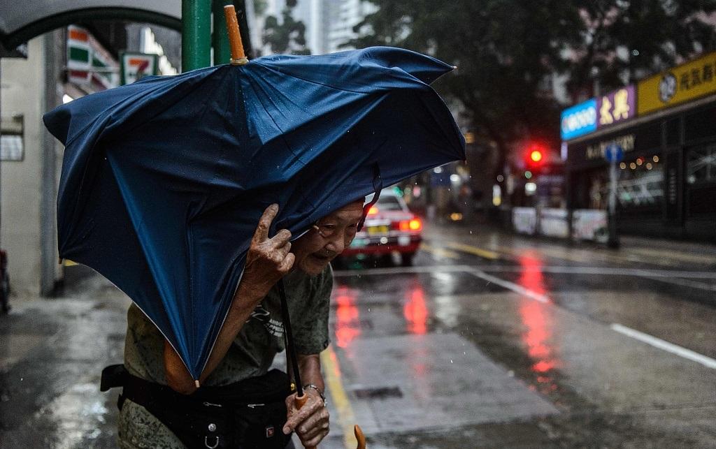 香港台风.jpg