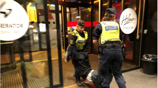 瑞典警察.jpg