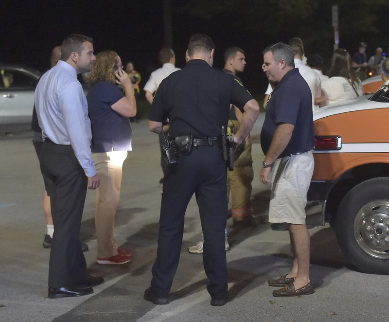 Gunman upset by divorce is found dead after manhunt