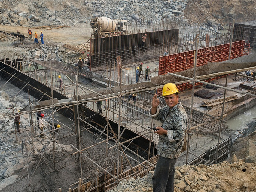 Chinese firms contribute to Laos' economic, social development