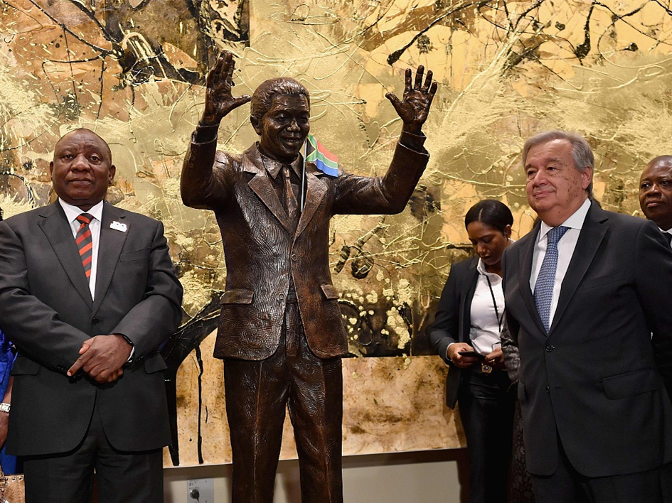 Statue of Nelson Mandela unveiled at UN headquarters