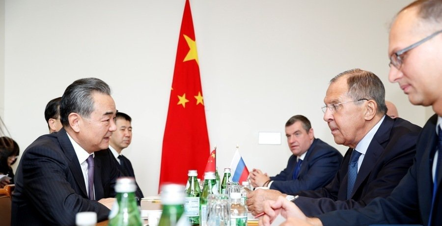 Chinese, Russian FMs call for closer cooperation in safeguarding multilateralism