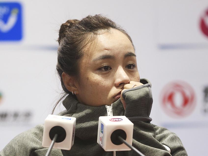 China's Wang Qiang retires from Wuhan Open semifinal match