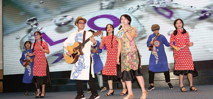 Chinese performing arts act as friendship bridges in Vietnam
