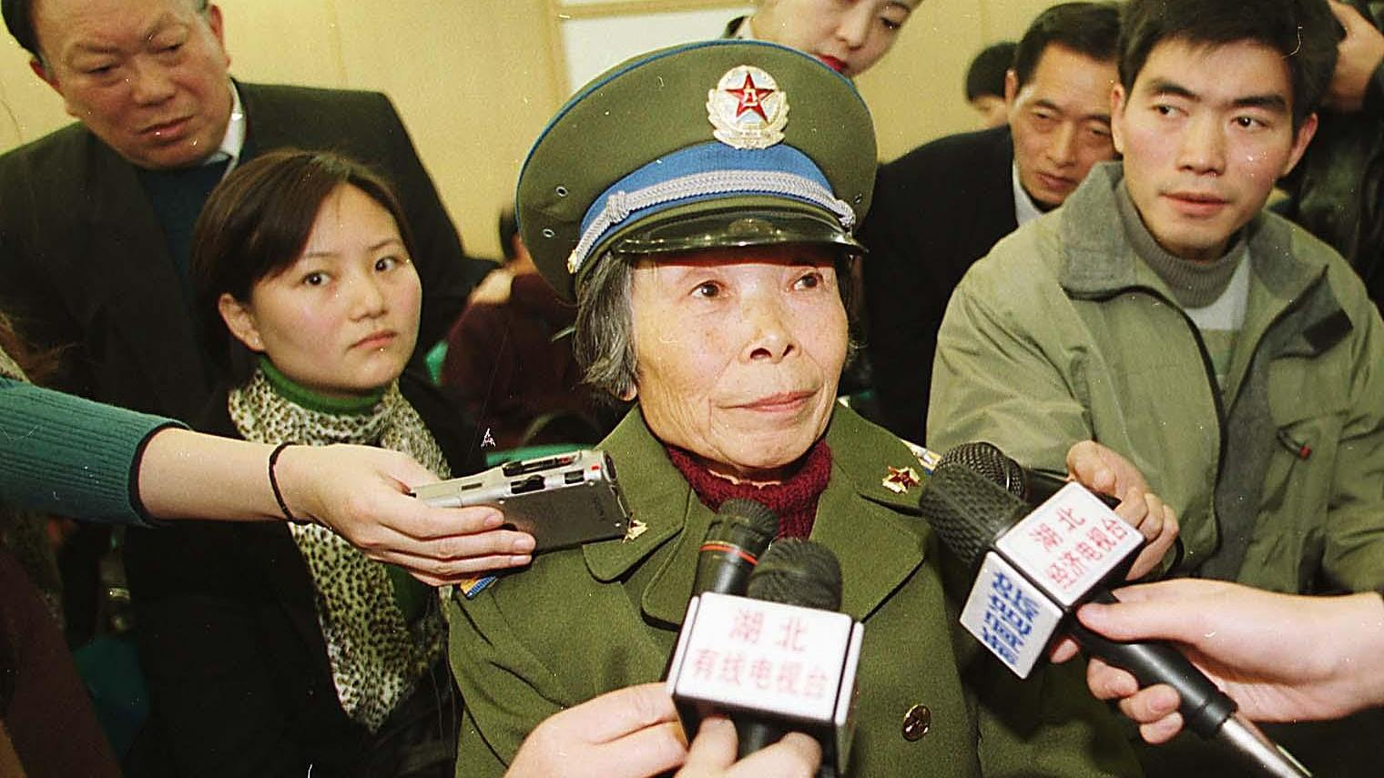 China's first female paratrooper, 83, donates life savings to hometown