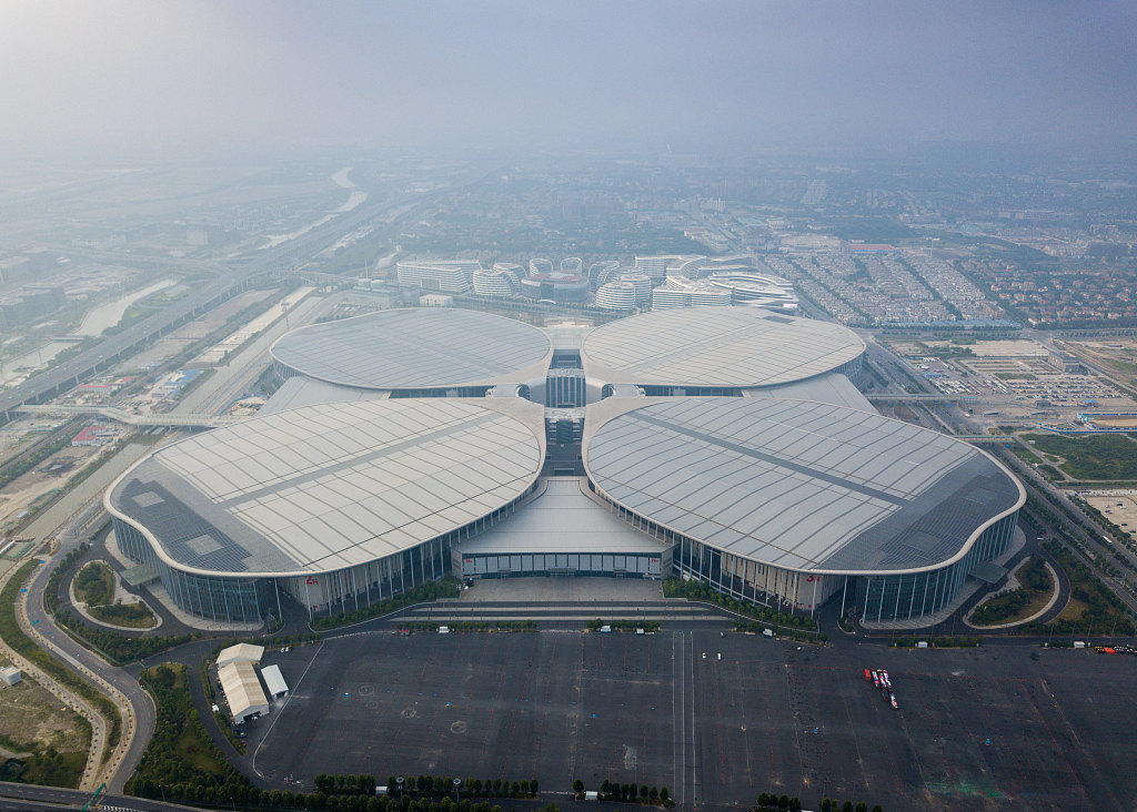 Shanghai gears up for country's first import expo