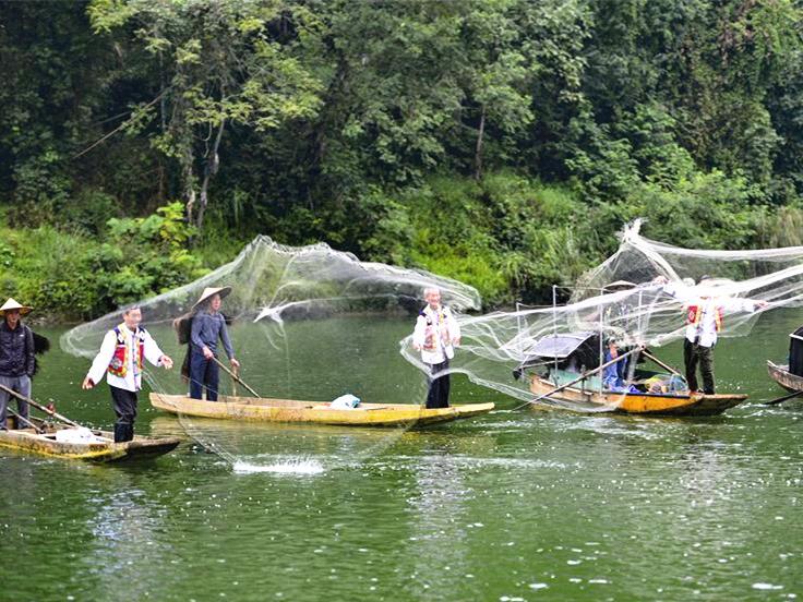 Folk festival celebrating harvest marked in S China's Guangxi
