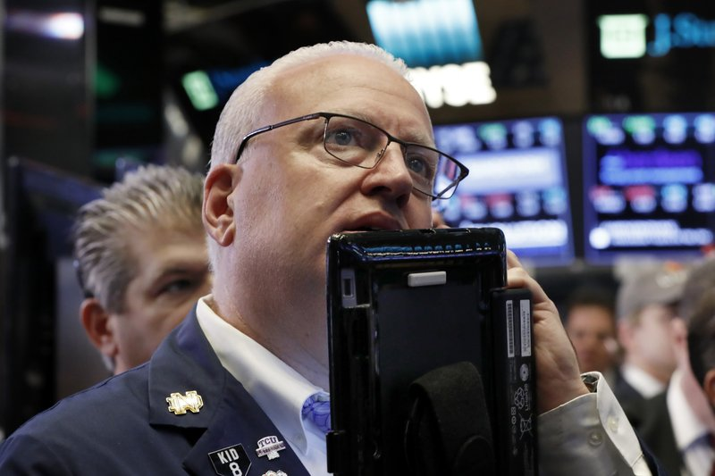 Stocks plunge again on wide selling; Dow down as much as 698