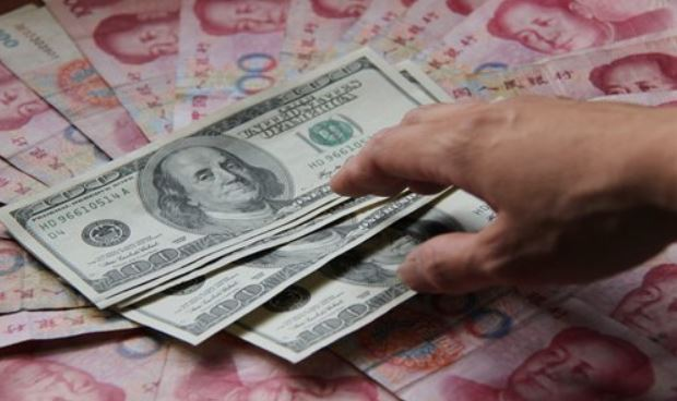Chinese yuan weakens to 6.912 against USD Friday