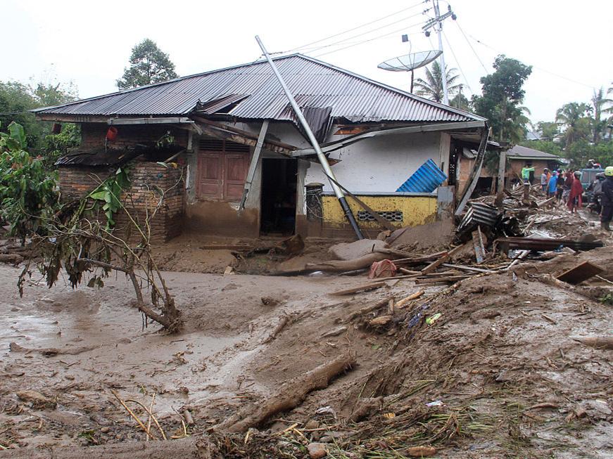 22 killed, 15 missing as flash floods, landslides strike western Indonesia