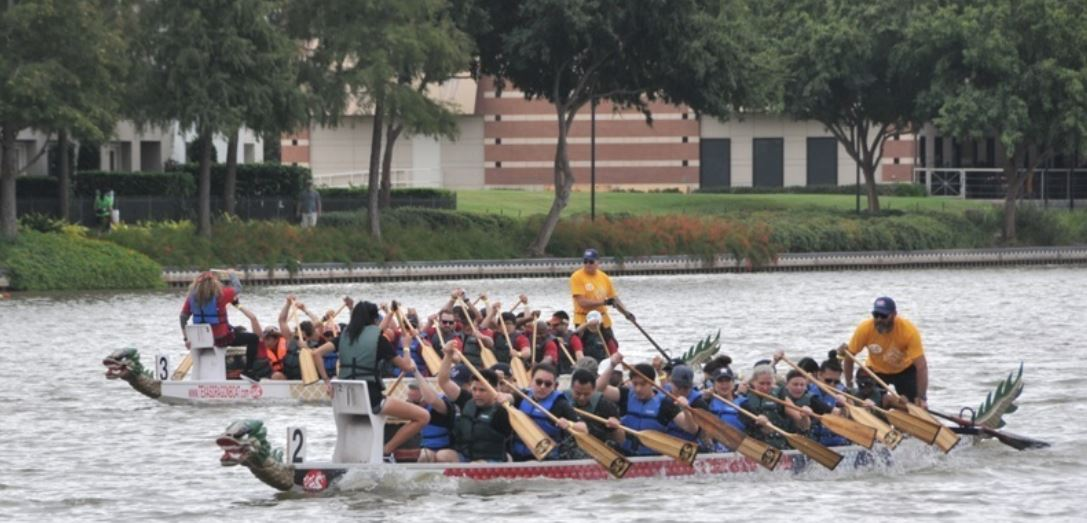 Chinese traditional sport dragon boating event held in Houston