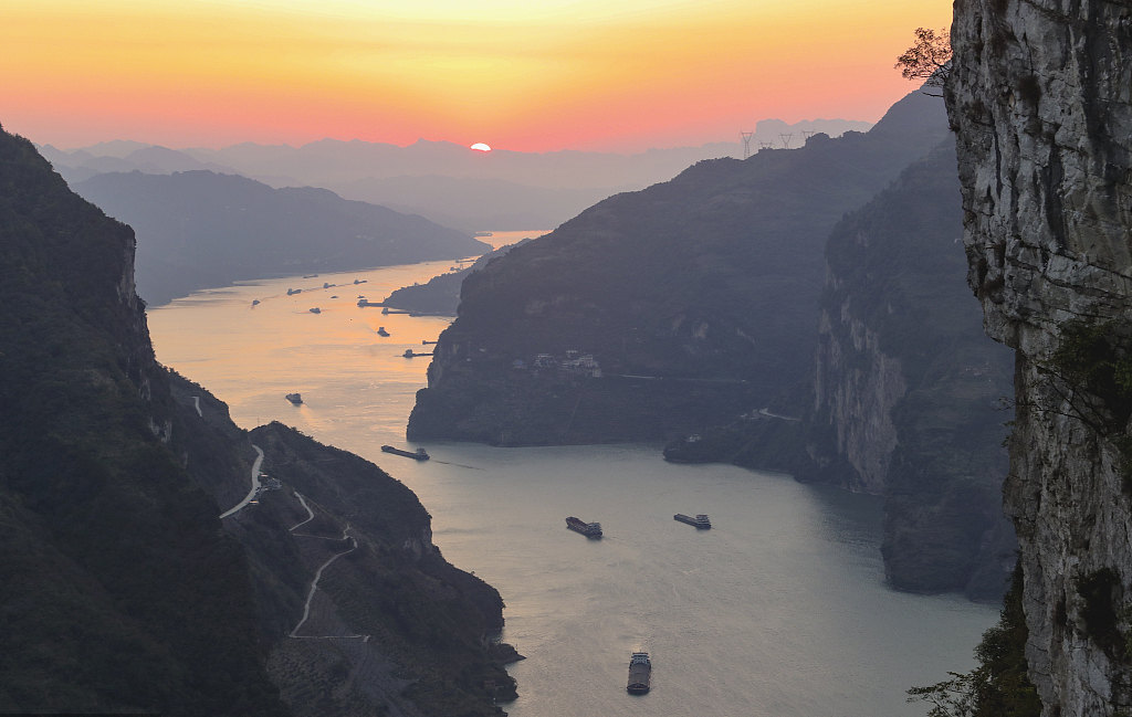 China issues guideline to improve biodiversity in Yangtze River
