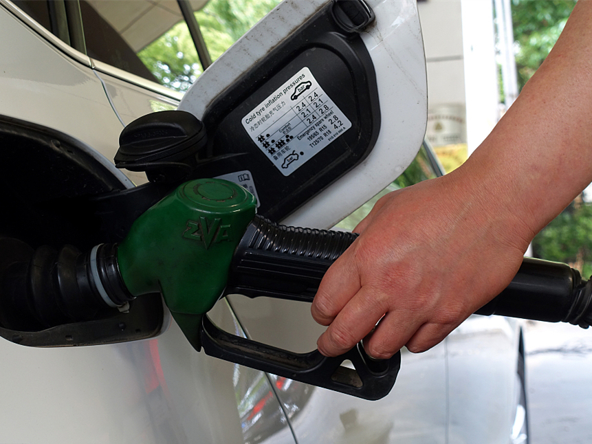 Iran blames US sanctions for rising oil price