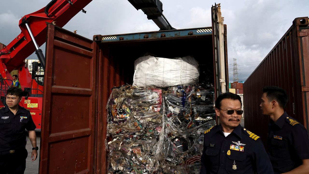 Thailand to ban foreign plastic waste imports