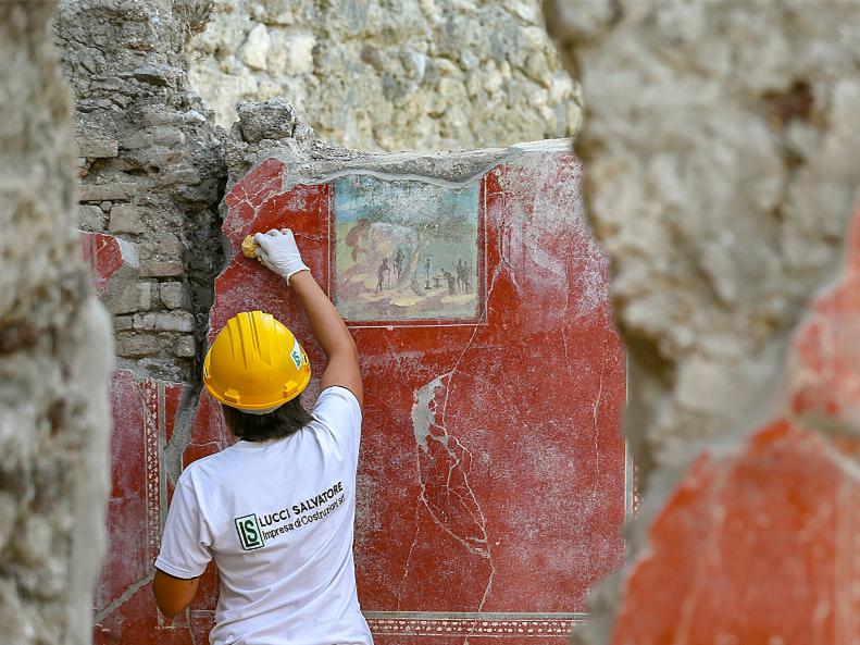 New Pompeii evidence rewrites Vesuvius eruption history