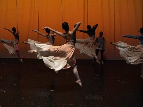 China's top award event for dancing art held in Guangzhou