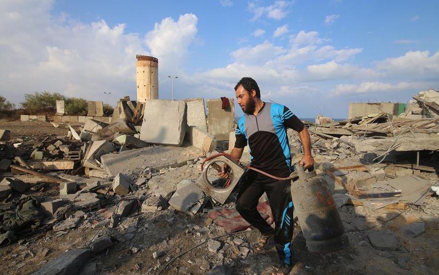 Israeli airstrikes on Gaza kills 1 Palestinian: medics