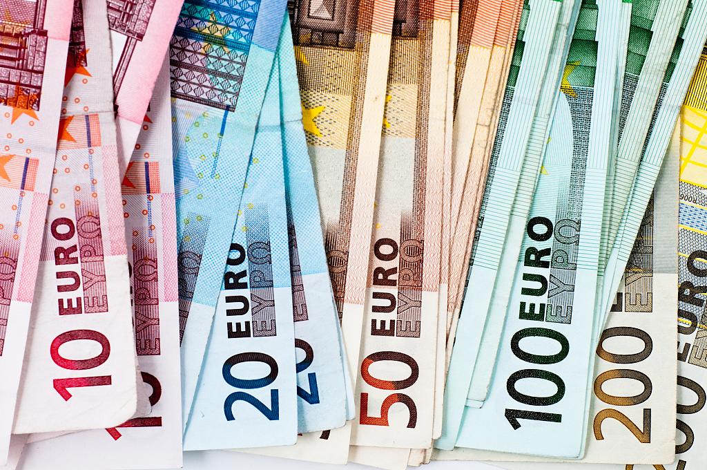 Massive tax scam cost Europe 55 bln euros: report