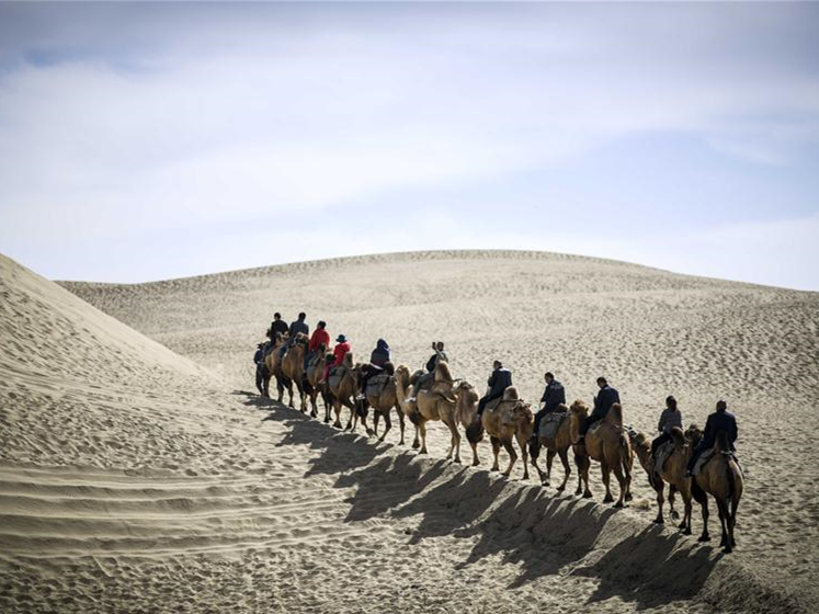 Xinjiang's Yuli attracts tourists with its natural scenery and ethnic culture